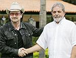 Bono, líder do U2, se encontra com Lula em Brasília