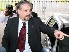 Ricardo Berzoini saiu da campanha de Lula após crise do dossiê
