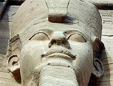 Faraó do Egito Ramsés 2º, em Abu Simbel