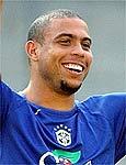 Ronaldo sucumbiu de vez aos esteticistas