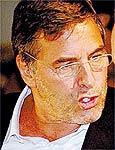 John Casablancas monta agência no Brasil