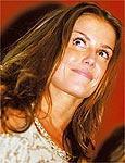 Deborah será vilã em novela em 2006