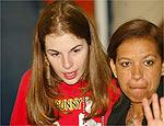 Suzane Richthofen (esq.) deixou penitenciária em junho