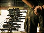 Exército apresenta armas recuperadas nesta terça