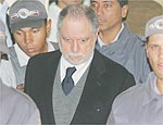 Pimenta Neves (foto) deixa o fórum após julgamento
