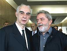 Lula encontra o governador de São Paulo Claudio Lembo no aeroporto