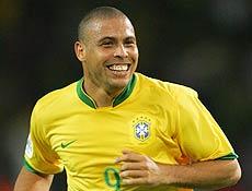 Após recorde, preparador físico da seleção diz que Ronaldo está perto do peso ideal