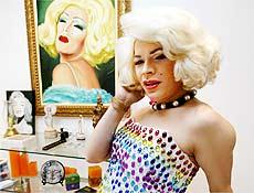 """A drag queen Salete Campari diz que pretende ir """"montada"""" para a Assembléia de São Paulo"""