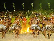 Índios Terena fazem dança nos Jogos