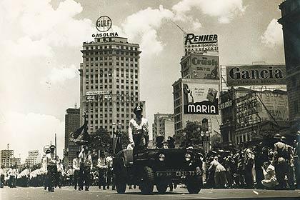 Desfile marca comemorações do aniversário de 400 anos da cidade de São Paulo; veja imagens de outros aniversários