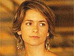 Corte curto de Cláudia Abreu é alvo das telespectadoras