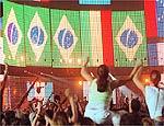Bono fez várias refências ao Brasil durante o show