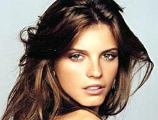 Jeisa Chiminazzo, 21, já viajou o mundo como modelo e é musa de Herchcovitch