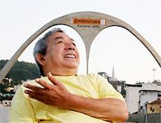 Joãosinho Trinta sofreu um derrame em 2004