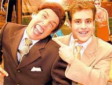 Os humoristas Rodrigo Scarpa (Vesgo) e Wellington Muniz (Ceará), da turma do Pânico