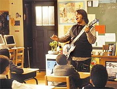 "No filme ""Escola do Rock"", Jack Black interpretou um professor de rock'n'roll"