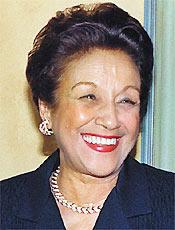 Nair Bello morreu aos 75 anos; confira a galeria de imagens da atriz