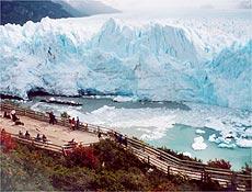 Turista enfrenta frio e solidão no Perito Moreno, glacial mais famoso da Argentina