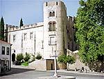 Castelo erguido no século 15 em Alvito hoje abriga pousada