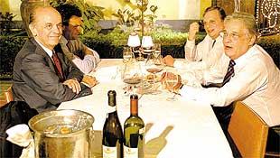 José Serra, Aécio Neves, Tasso Jereissati e FHC em jantar no restaurante Massimo, em SP